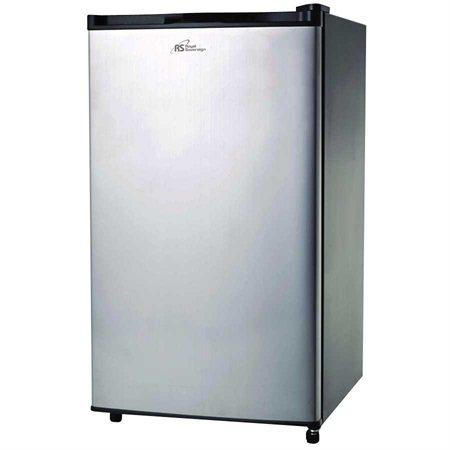 RMF-113 Compact Refrigerator
